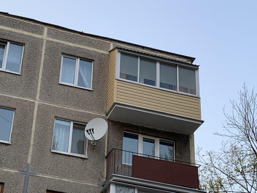 Внешняя отделка балкона — фото 1