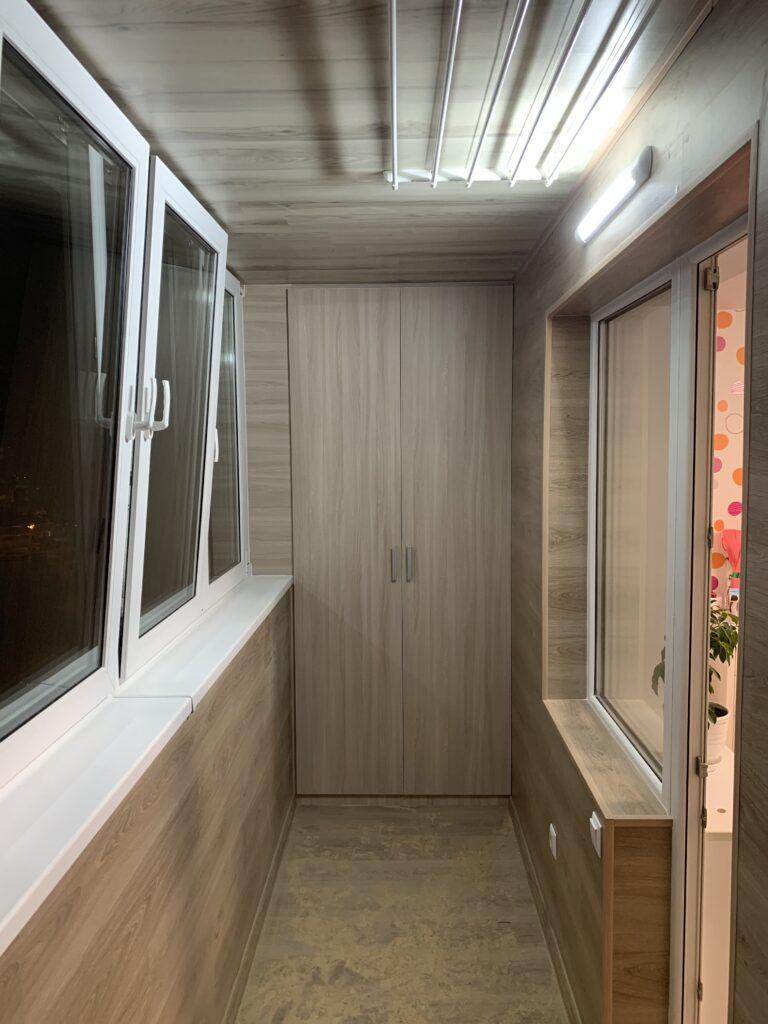 Отделка балкона в Минске — монтаж элементов
